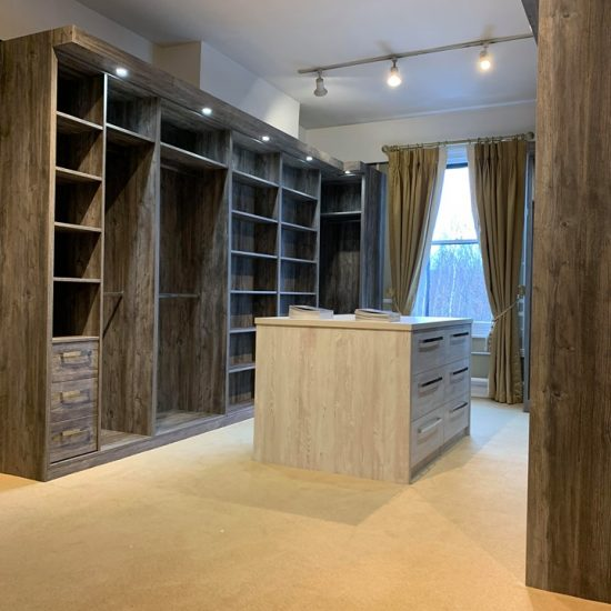 showroom walk in wardrobes